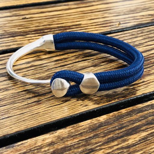 Pulsera  de cuerda de nylon en plateado y azul