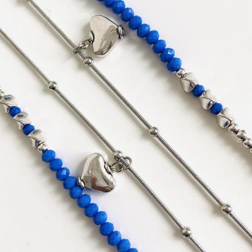 Collar fantasía azul  con corazones  y cadena  plateada [2]