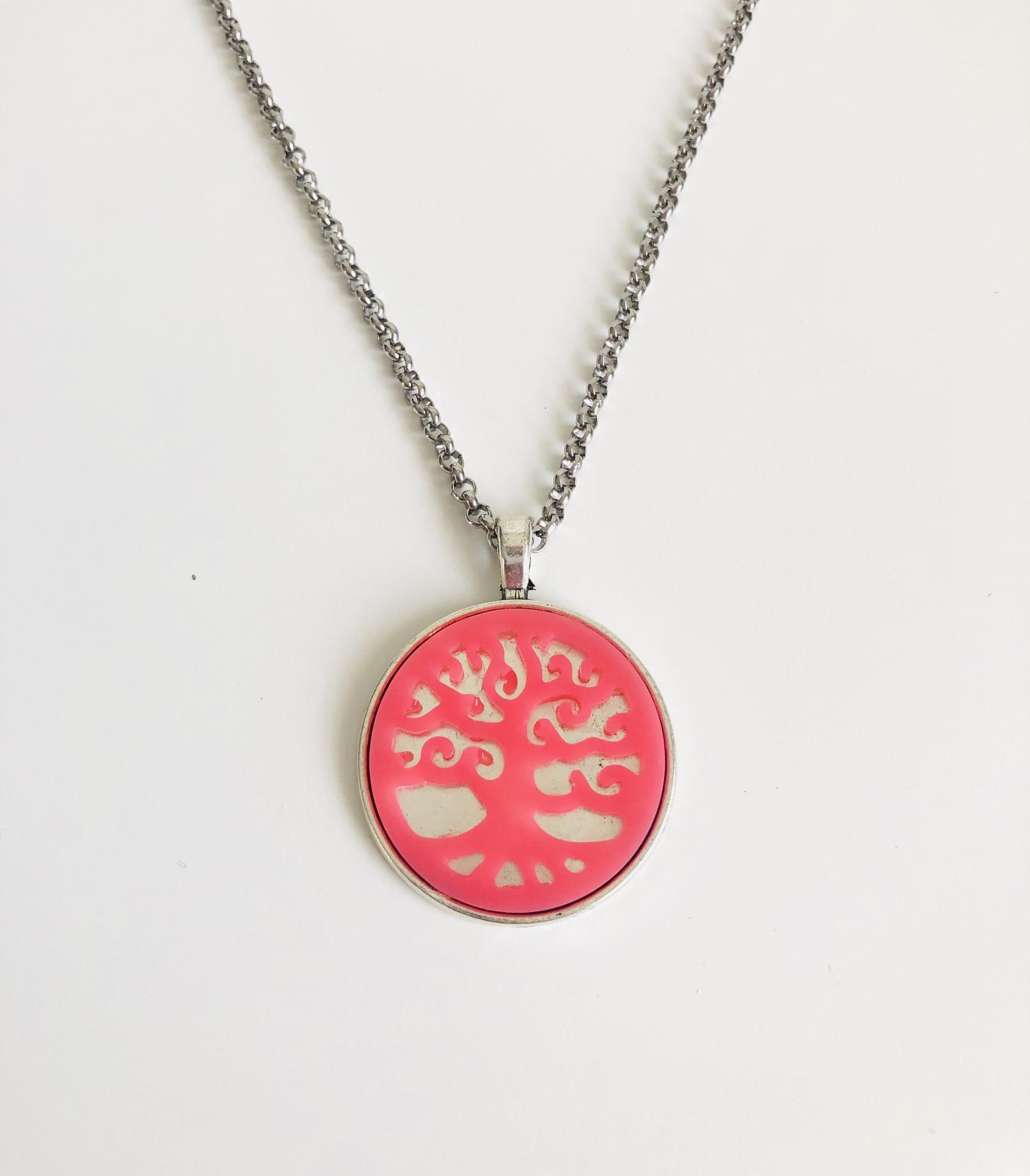 Colgante árbol de la vida rosa con cadena de acero