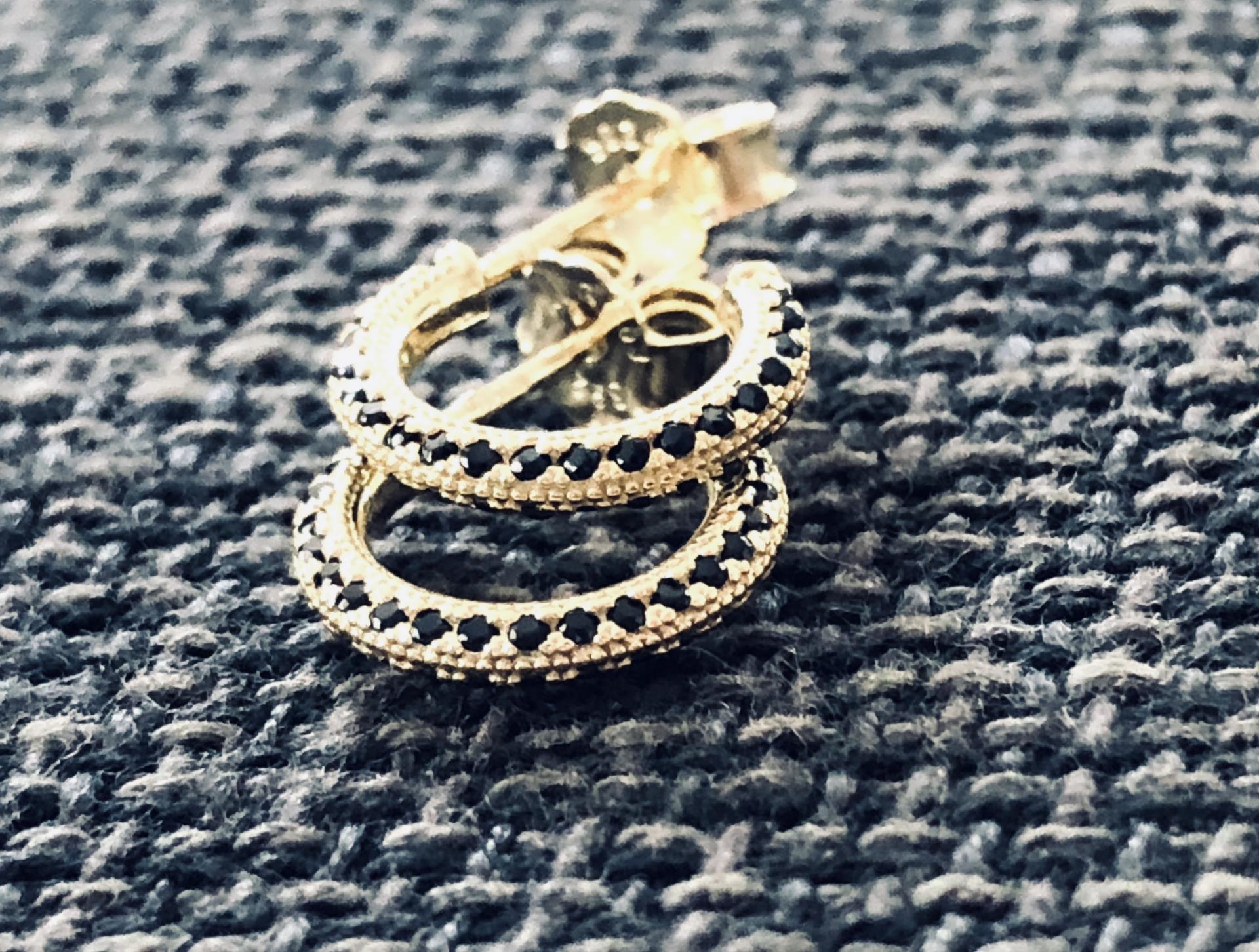 Aros criollas de plata con baño de oro y cristales Swarovski
