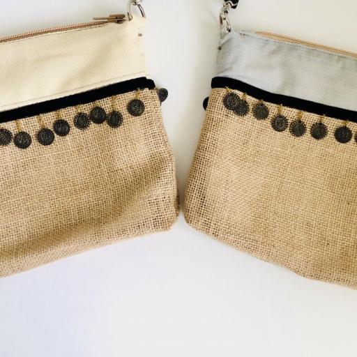 Bolso en tela de saco, tela color crema y monedas [3]
