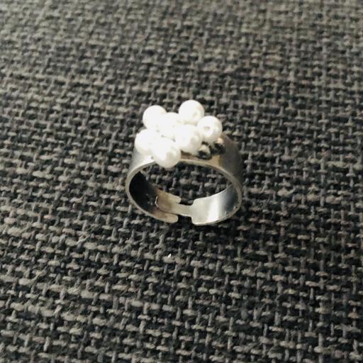 Anillo  ajustable con perlas de cristal [2]