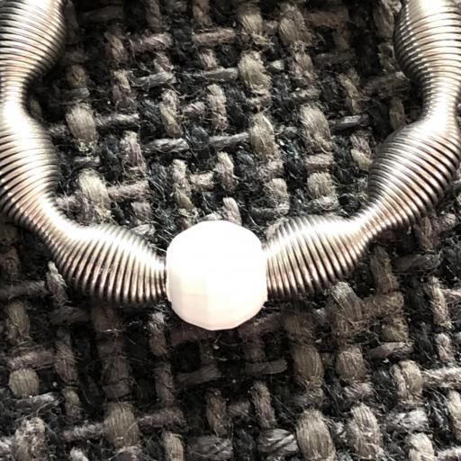 Anillo elástico con bola de plata color blanco [2]