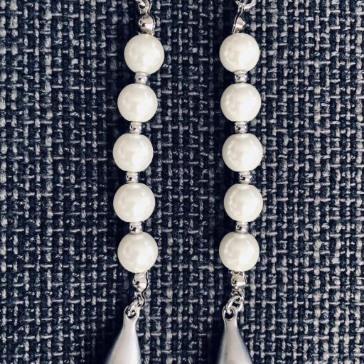 Pendientes de perlas de nácar