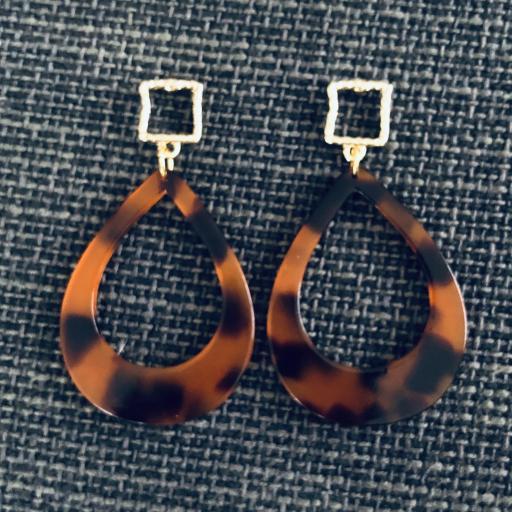 """Pendientes lágrima """"animal print"""" en tonos anaranjados y negros"""