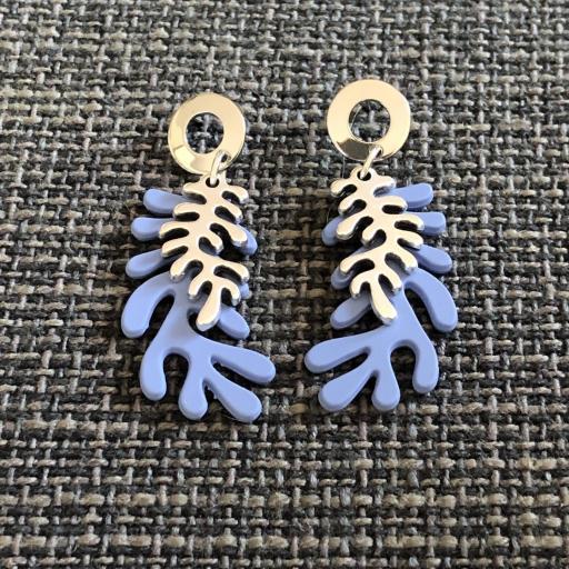 Pendientes con forma de coral en color azul y plateado