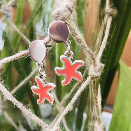 Pendientes plateados  con estrella de mar color coral  [2]