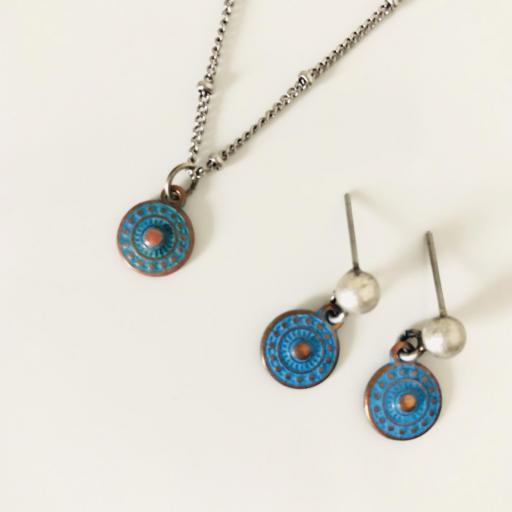 Pendientes color plata envejecida con disco azul [3]