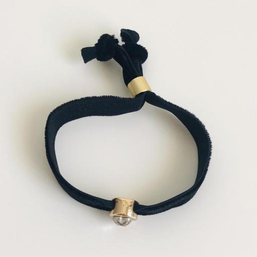 Pulsera terciopelo elástico negro con cristal en forma de corazón [3]
