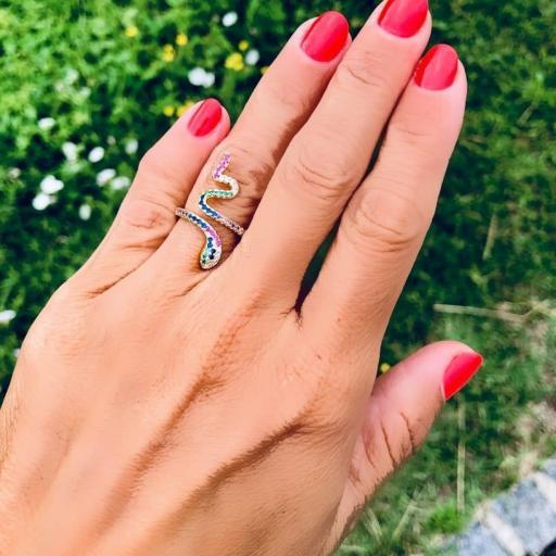 Anillo serpiente dorado con cristales  de colores [1]