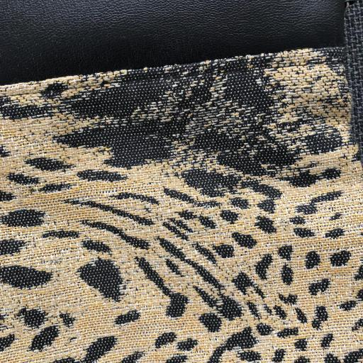Bolso de mano o bandolera animal print ocre y negro [1]