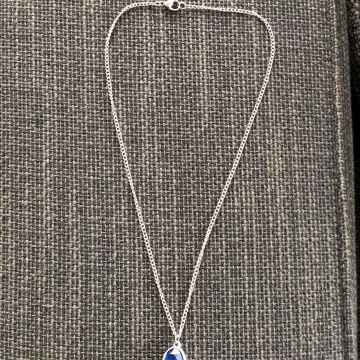 Colgante con cristal facetado azul [2]