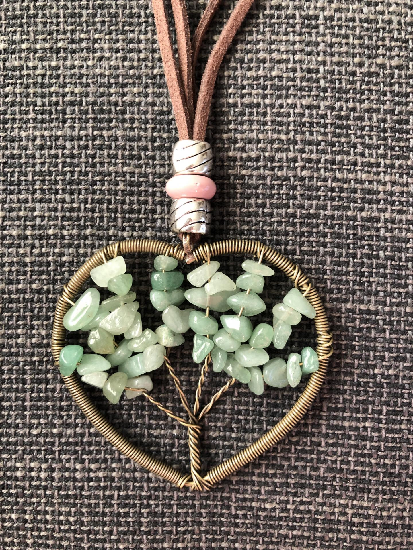 Colgante corazón con árbol de la vida color verde