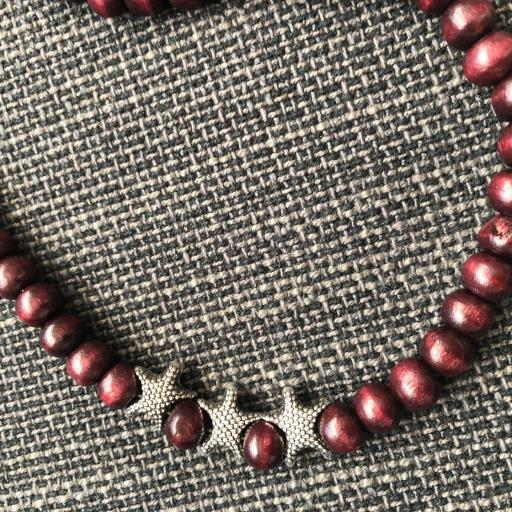Collar- cordón para gafas con bolas de madera y estrellas [2]