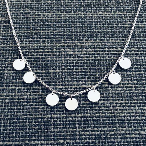 Conjunto  de pendientes y collar circulares en acero plateado [1]