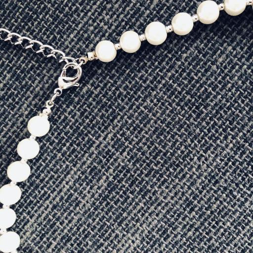 Collar de perlas de nácar y piedra verde [3]