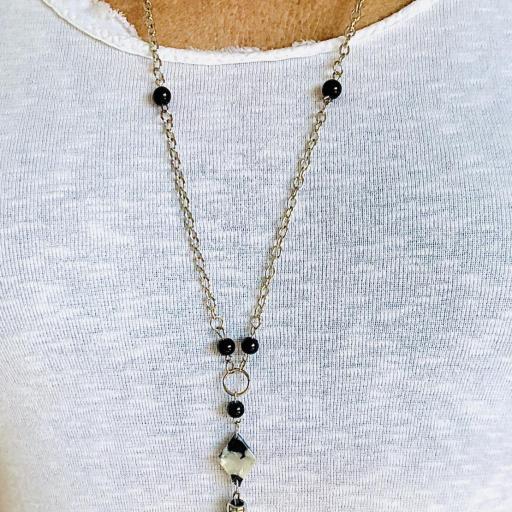 Collar animal print gota marmolada y bolas plateadas  [3]