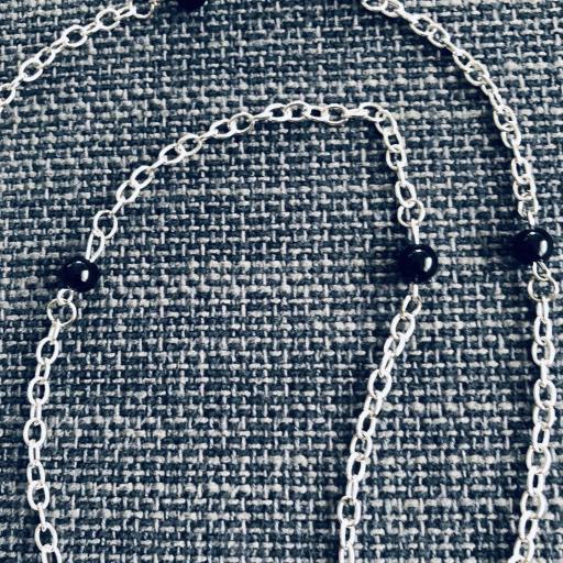 Collar animal print gota ocre y negra con bolas plateadas [1]