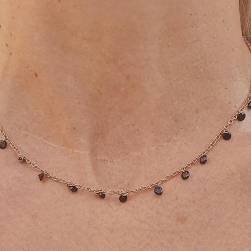 Gargantilla collar rosa con cristales negros [1]