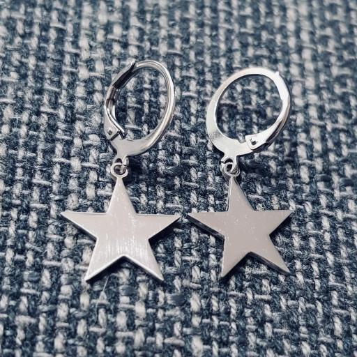 Pendientes criolla con estrella plateada