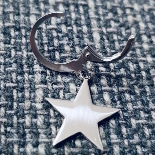 Pendientes criolla con estrella plateada [2]