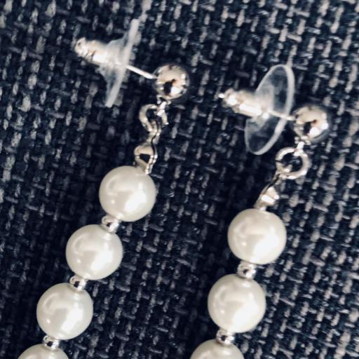 Pendientes de perlas de nácar [2]