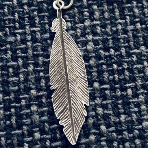Pendientes pluma de plata oscurecida [1]