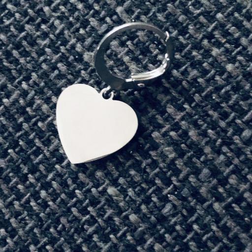 Pendientes criolla con corazón plateado [1]