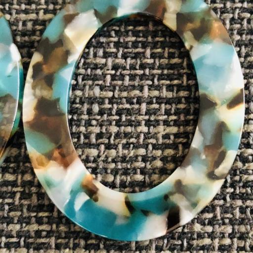 """Pendientes ovalados """"animal print""""  en color turquesa, marrón y transparente [1]"""