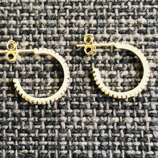 Aros criollas de plata 925 con baño de oro y  circonitas de colores 15 mm [1]