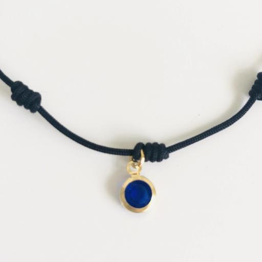 Pulsera negra de 7 nudos con cristal azul marino [2]