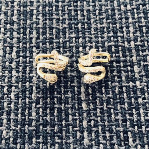 Earcuff serpiente de plata con baño de oro y circonitas (venta por unidad)