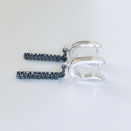 """Pendientes colección """"Barb"""" de plata, con circonitas y baño de rutenio [1]"""