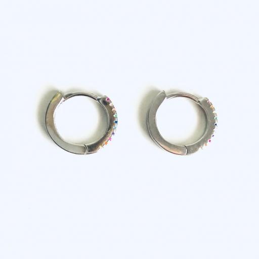 Aros criollas de plata con baño de rodio de 13 mm con circonitas de colores [3]