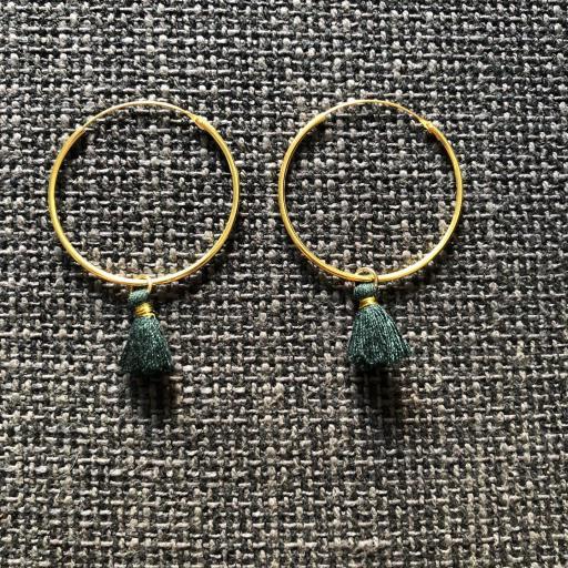 Aros de oro con borla verde [0]
