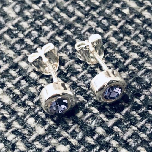 Pendientes de plata con cristal violeta [2]