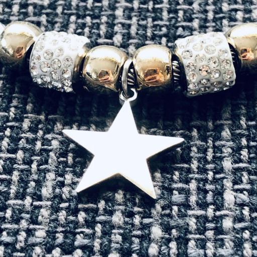 Pulsera con charms y estrella [1]