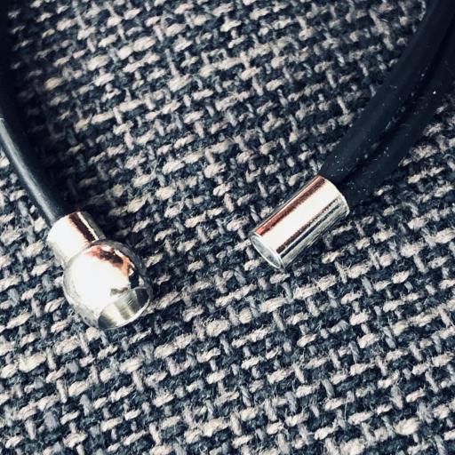 Pulsera de caucho y tubo texturado [1]