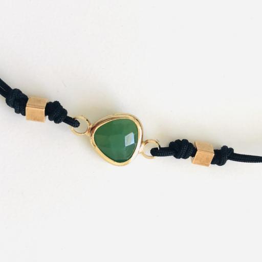 """Pulsera  colección """"Kriss"""" de hilo negro con cristal verde [1]"""