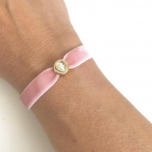 Pulsera terciopelo elástico rosa con cristal en forma de corazón [1]