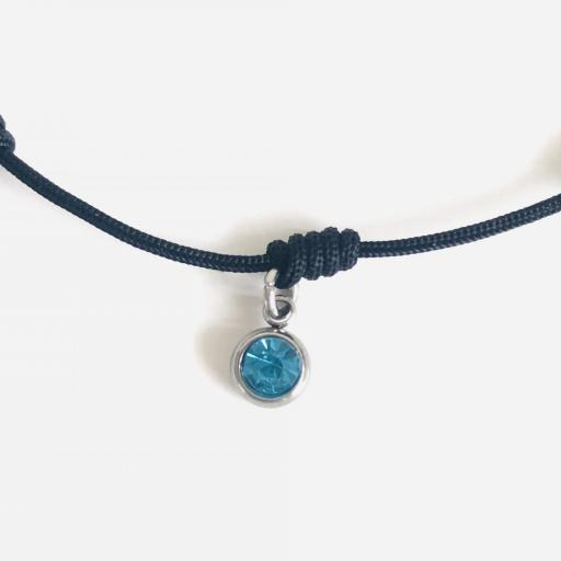 Pulsera negra de 7 nudos con cristal azul turquesa [2]