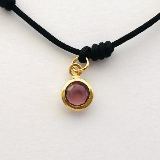 Pulsera  negra de siete nudos con cristal color rosado y dorado [2]
