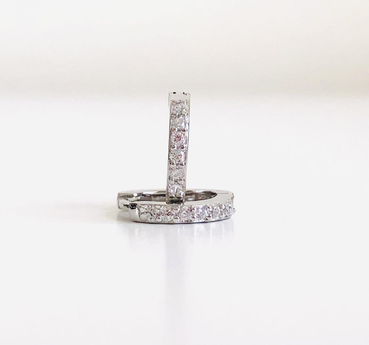Aros criollas de plata con baño de rodio de 11 mm con circonitas