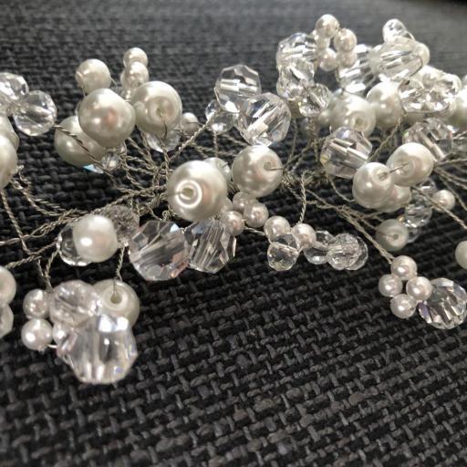 Tocado con perlas y bolas hexagonales [2]