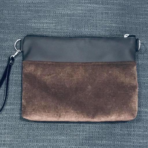 Bolso artesanal antimanchas color marrón chocolate [2]