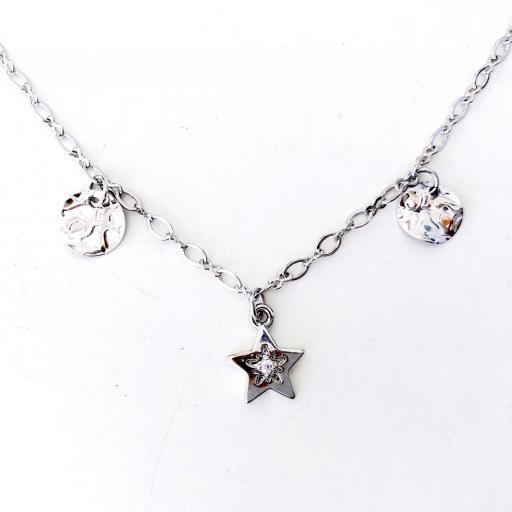 Collar gargantilla  plateado con estrella y círculos irregulares [0]