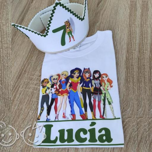 Conjunto camiseta superhero girls + corona