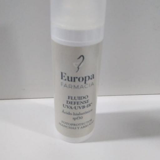 FLUIDO DEFENSE UVA-UVB-IR SPF30 FARMACIA EUROPA 30ML