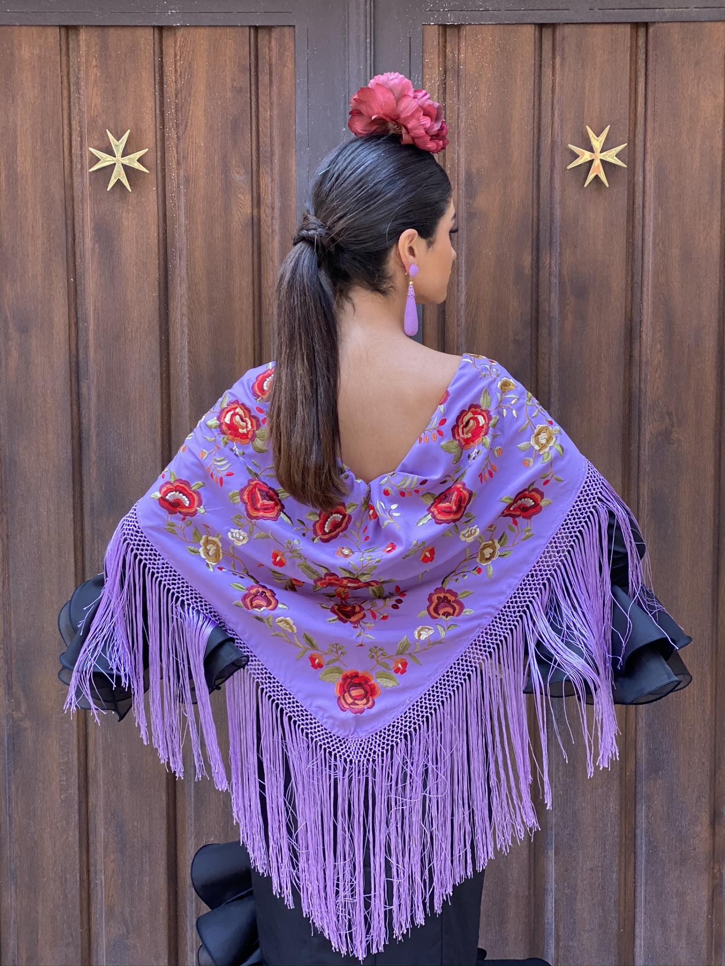 Lila bordado en colores