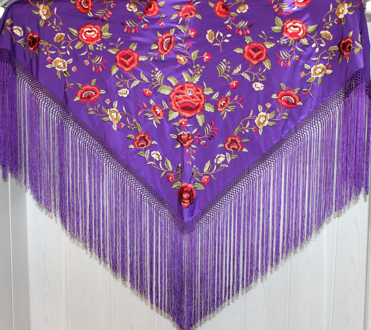 Morado Nazareno bordado en colores